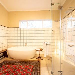 3b-walkers-bath-bathroom