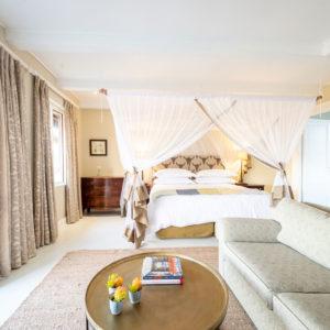 2-walkers-bush-villa-bedrooms